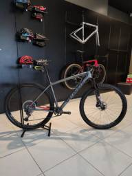 Bicicleta Epic Expert Carbon