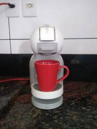 Cafeteira Arno Dolce Gusto Mine Me