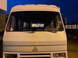 Micro ônibus agrale/bqrato rodagem dupla! Sem motor e nao aceito troca