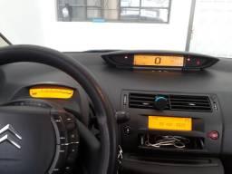 C4 hatch 2011