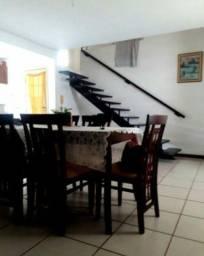 Casa em rua pública com 500m² de área total 2/4 e piscina em Ipitanga