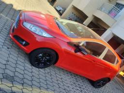 Ford New Fiesta Power Shift 1.6 automático 2013/14 50mil km