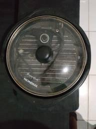 Grill Mondial usada.