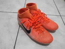 Título do anúncio: Chuteira Nike mercurial campo número 37