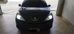 Peugeot 207 - 2013 - Lindo e impecável