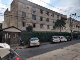 Apartamento com 2 Quartos no Colubandê para Alugar.