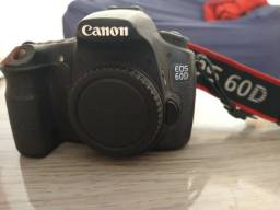 Camera Canon 60D, lentes e acessórios