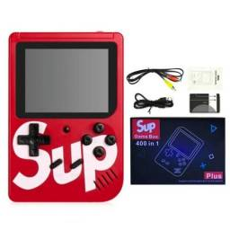 Sup portátil com 400 jogos na memória.