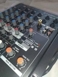 Mesa de Som Starmix semi nova com Microfone Shure SV-100!!