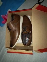 Vendo Sapato ferracini original por 120 reais!