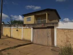 Vende - Sobrado com 04 quartos - Bairro São Caetano - Luziânia