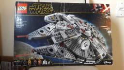 Lego STAR WARS Millenium Falcon!!!!