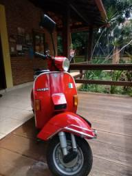 Vespa P X 200