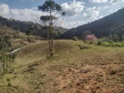 Chácara contendo 2.685 m² em Delfim Moreira- Sul de Minas Gerais.