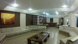 Apartamento 2 Dormitórios (1 suíte) PORTEIRA FECHADA - AP0127
