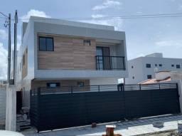 Apartamento em Mangabeira com 2 quartos uma cozinha americana. Pronto para morar