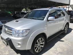 Toyota hilux sw4 2010/2010 3.0 srv 4x4 7 lugares 16v turbo intercooler diesel 4p automáti - 2010