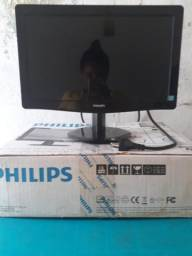 Monitor PHILIPS 100 reais