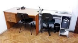 Conjunto de 2 Mesas e 2 Cadeiras para Escritório, em excelente estado, como novos!