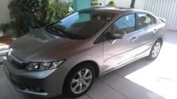Honda civic 2.0 exr modelo 2014 - 2013