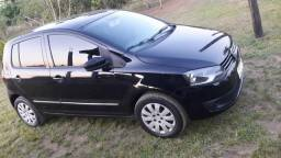 Vende-se esse carro fox ano 2010/2011 em dias de documento - 2010