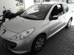 Peugeot 207 1.4 XR abaixo da Fipe - 2011