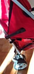 Carrinho de passeio Cosco umbrella vermelho