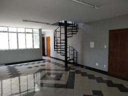 Alugo Apartamento Duplex