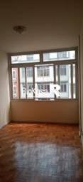 Apartamento - TIJUCA - R$ 1.300,00
