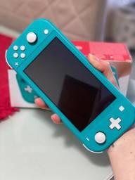 Nintendo Switch Lite + Pokémon Sword