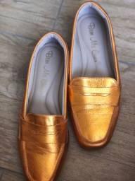 Vendo esse três lindos sapatos usados apenas uma vez !