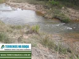 Terreno em Desterro de Entre Rios/MG 20 mil metros. Com riacho nos fundos e água a vontade