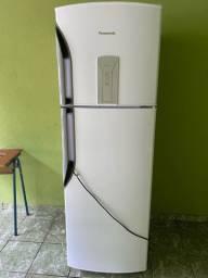 Geladeira 387L frost free na garantia