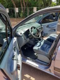 Carro Renault Scenic XRE 2.0 8 V