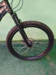 Bicicleta freehard em ótimo estado