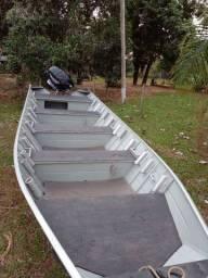 Barco semi chata PETY