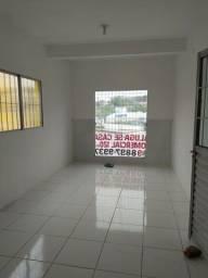 Casa comercial em frente a UPA de Rio Doce