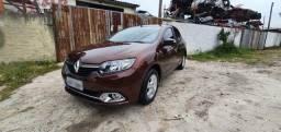 Renault Logan Dynamique  1.6 Flex 2014
