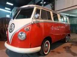 Kombi Luxo - Placa Preta - Brazilian Bus