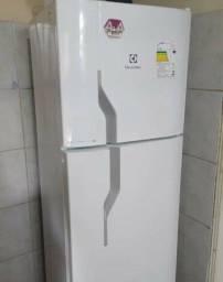 Refrigerador Electrolux Duplex Frost Free