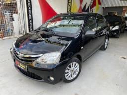 Etios Sedan 1.5 XLS Completo