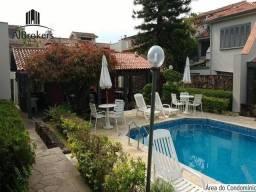 Casa no Residencial Três Figueiras com 3 dormitórios, 1 suíte, 3 vagas, 179 m² por R$ 900.