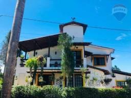 Belíssima casa mobiliada à venda em condomínio em Aldeia por R$ 800 mil