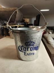 Balde de metal Corona