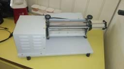 Cilindro laminador 30cm e caixa para entregas com suporte charpam