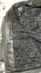 Jaqueta de couro super conservada