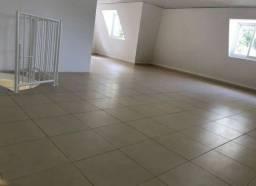Dois quartos + suite + banheiro + garagem