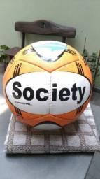 Título do anúncio: Bola Topper Society Futebol Ultra 12 Branco/Laranja