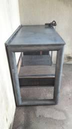 Mesa de ferro, bancada de ferro
