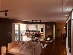 Título do anúncio: Apartamento com 3 suítes e 5 banheiros, 3 vagas, fino acabamento, com 182 m² à venda